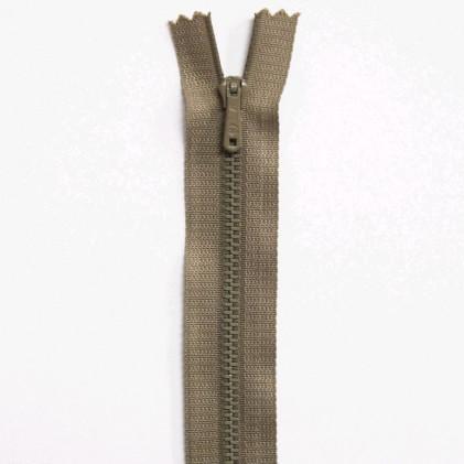 Fermeture Eclair métallique spéciale pantalon non séparable 20 cm     Beige chamois