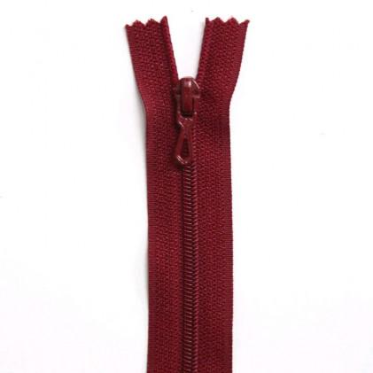 Fermeture Eclair nylon non séparable 30 cm  Rouge foncé