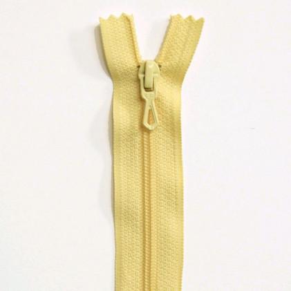 Fermeture Eclair nylon non séparable 50 cm  Col. 610 Jaune pâle