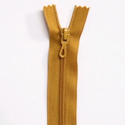 Fermeture Eclair nylon non séparable 50 cm  Col. 674 Moutarde