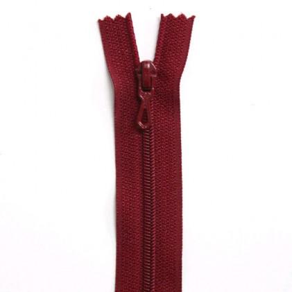 Fermeture Eclair nylon non séparable 50 cm  Col. 853 Rouge foncé