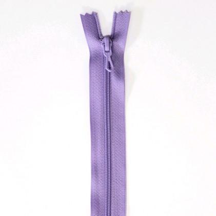 Fermeture Eclair nylon non séparable 50 cm  Col. 877 Parme