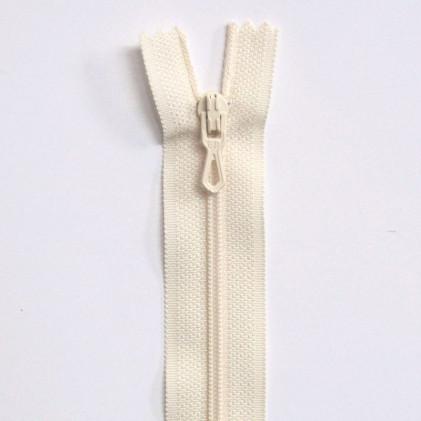 Fermeture Eclair nylon non séparable 50 cm  Col. 410 Blanc cassé